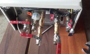 Elementy hydrauliczne w kotłowni 24