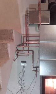 Elementy hydrauliczne w kotłowni 33