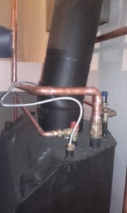 Elementy hydrauliczne w kotłowni 34